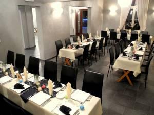 Table Separee Petite Salle (2)